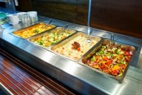 Nonprofit pressures Aramark to improve the nutrition of its meals